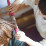ガールズバーでの髪型。浮かないためにセットやアレンジするべき?